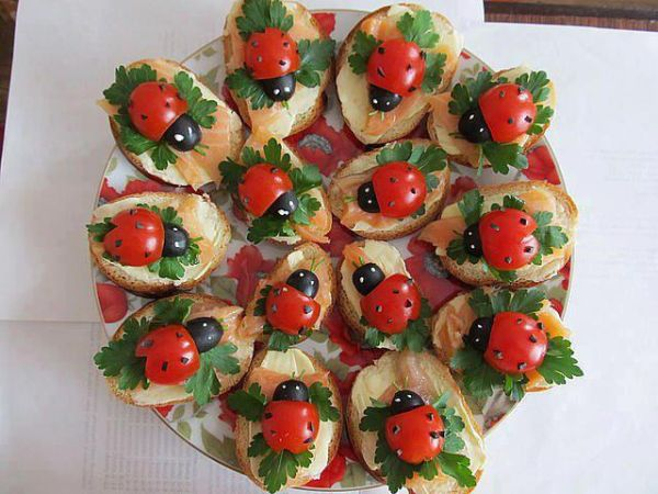 Sandwich Decoration Ideas - Ladybugs - How to a to Z